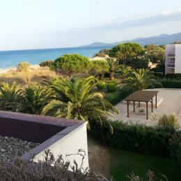 Piscine grand et petit bassin avec sanitaires, douches - Location de vacances - Saint-Cyprien