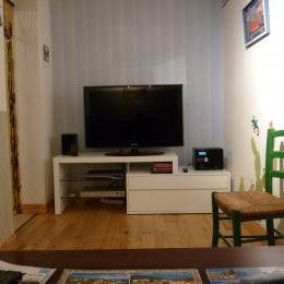 Le salon TV chambre Tribord 2 personnes - Chambre d'hôtes - Cerbère