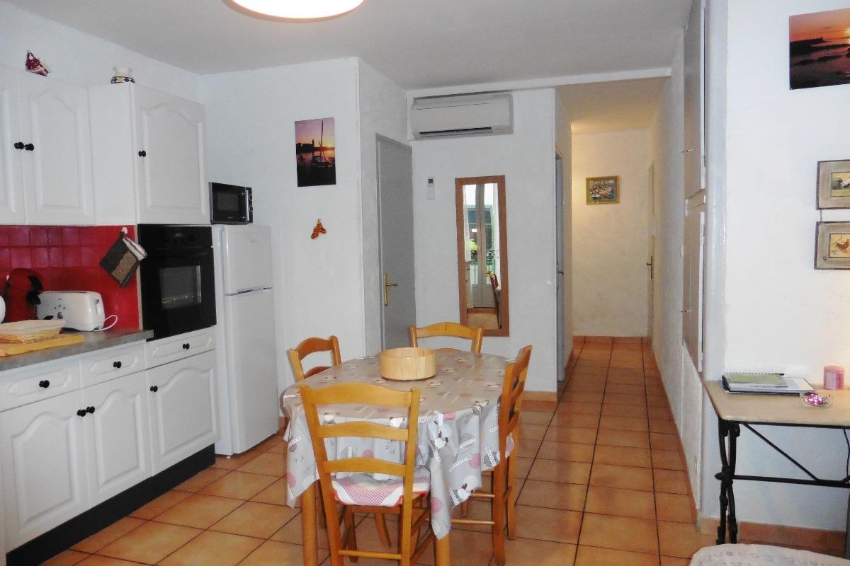Séjour Côté entrée - Location de vacances - Collioure