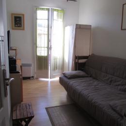 Salon avec balcon au 2ème - Location de vacances - Corneilla-de-Conflent