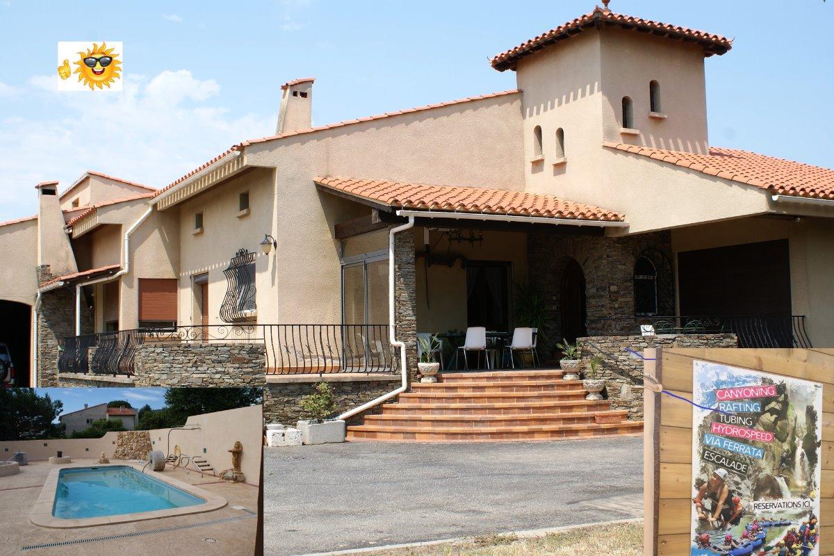 Entrée de la maison catalane ( piscine )  - Location de vacances - Ille-sur-Têt