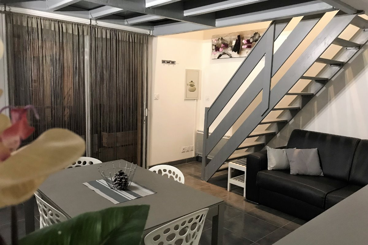 Canapé-lit ouvert, un vrai lit en 140 - Location de vacances - Canet-en-Roussillon