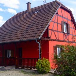 Entrée façade ouest 16 rue des roses - Location de vacances - Stotzheim