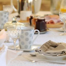 Table du petit déjeuner - Chambre d'hôtes - Hochfelden