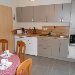 une cuisine commune aux 2 chambres - Location de vacances - Obersteinbach