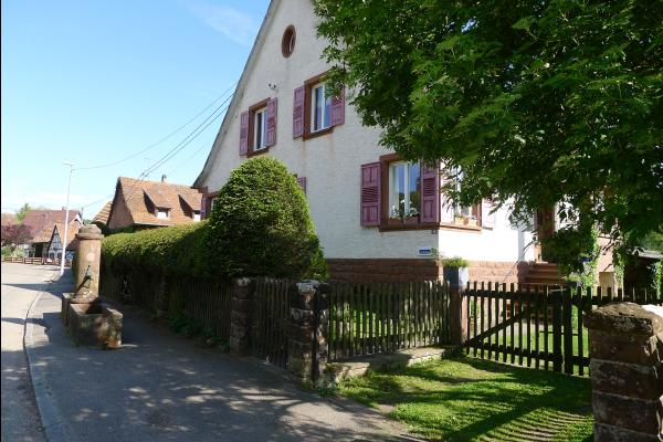 Maison côté rue - Location de vacances - Obersteinbach