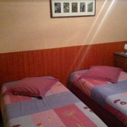 Chambre twin - Location de vacances - Breuschwickersheim