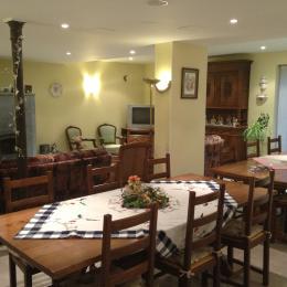 salle petit déjeuner - Chambre d'hôtes - Breuschwickersheim