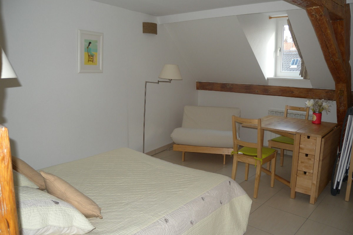 La chambre, loft Petite rue d'Austerlitz Strasbourg  - Location de vacances - Strasbourg