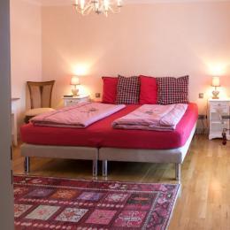 chambre cœur Alsace, salle d'eau accessible Ottrott - Chambre d'hôtes - Ottrott
