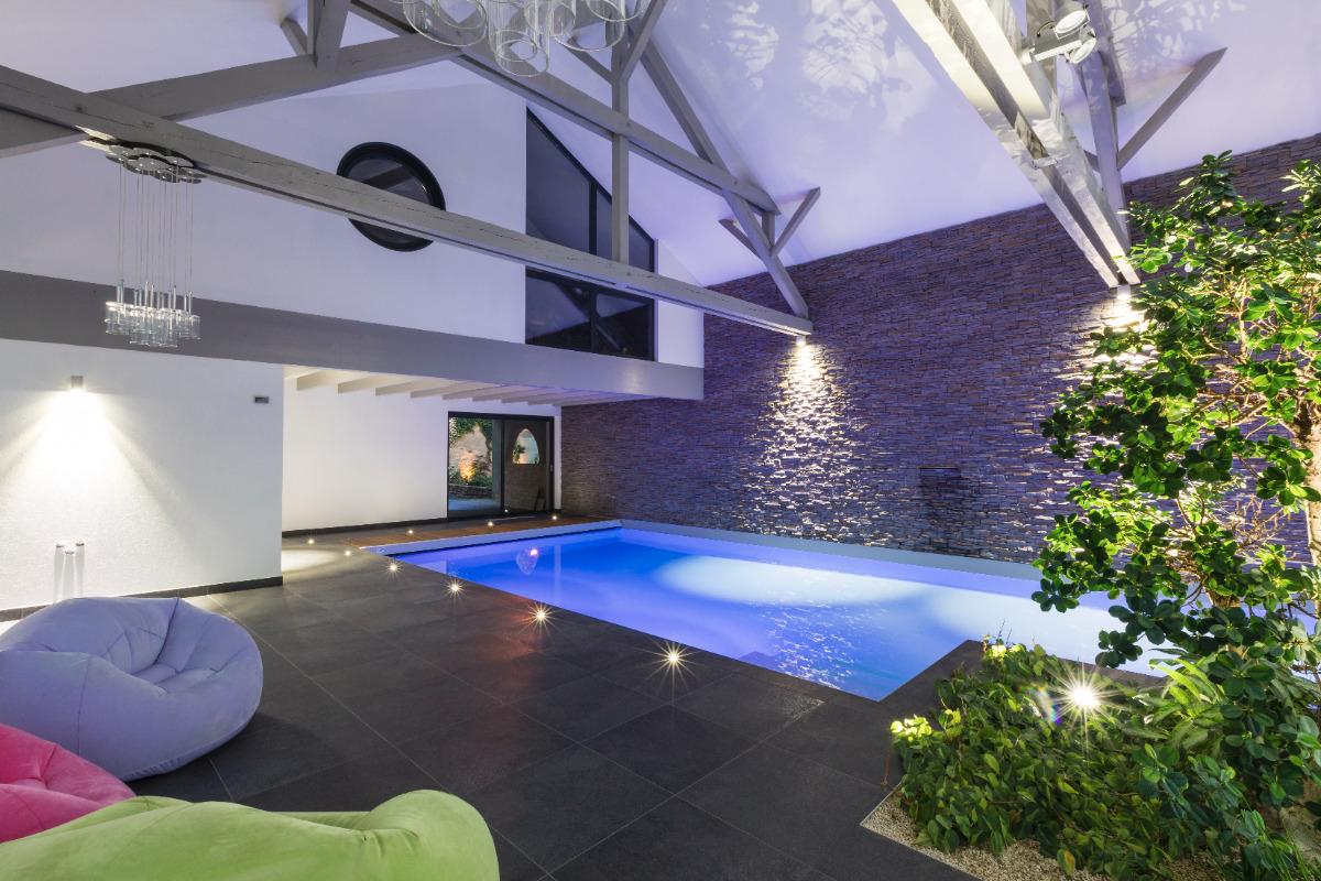 Soleil Logement 42m2 Renove Moderne Avec Piscine Interieure