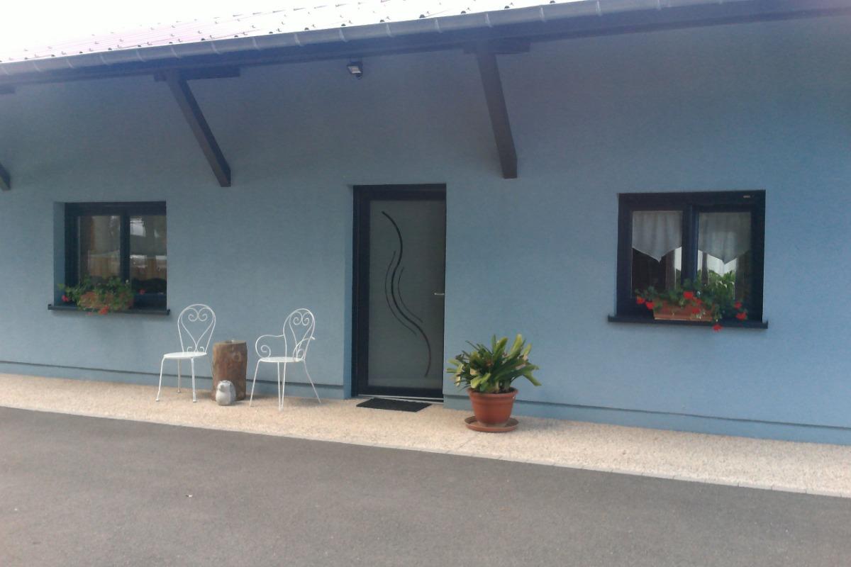 Séjour avec cuisine ouverte - Location de vacances - Rosheim