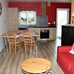 Espace cuisine/ salon ouverte - Location de vacances - Rosheim