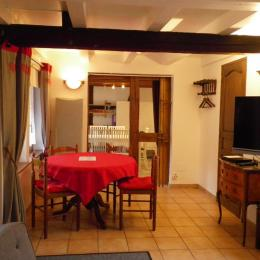 Vue du salon vers la cuisine - Location de vacances - Blaesheim