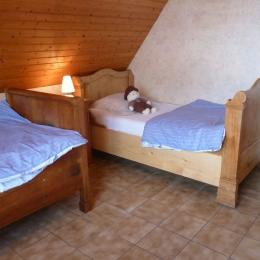 Chambre 3 : 2 lits individuels - Location de vacances - Epfig