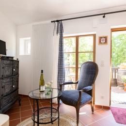 Espace séjour avec terrasse - Location de vacances - Wissembourg