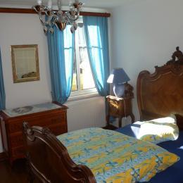 Chambre double à l'étage - Location de vacances - Rombach-le-Franc