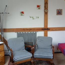 Espace salon, studio, ribeauvillé - Location de vacances - Ribeauvillé