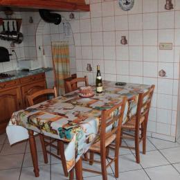 Salon/ salle à manger - Location de vacances - Orbey