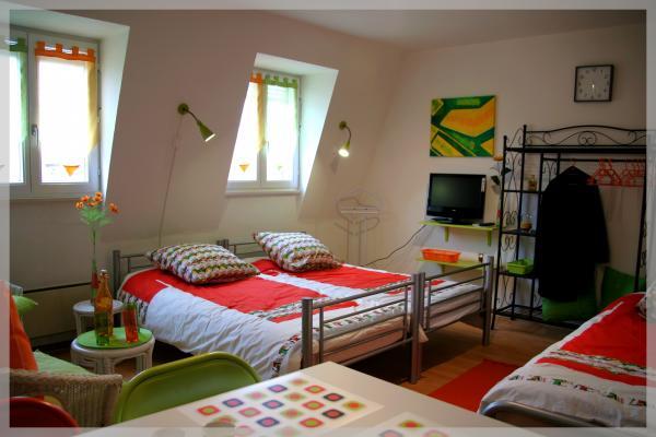 3 lits de 90cm, draps fournis - Location de vacances - Colmar