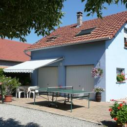 Terrasse + parking privé dans la propriété - Location de vacances - Oberhergheim
