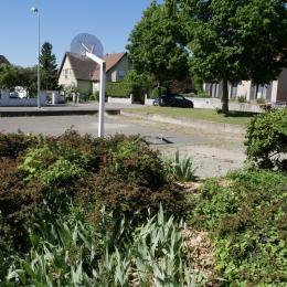 La maison d'habitation avec entrée de l'ppartement sur la gauche - Location de vacances - Cernay