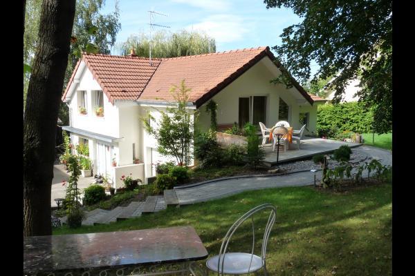 Entrée des Mésanges côté jardin - Location de vacances - Heidwiller