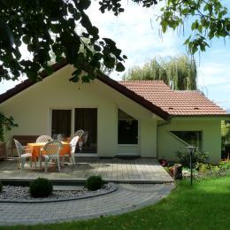 Les Mésanges côté jardin - Location de vacances - Heidwiller