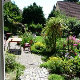 salon avec accès direct à la terrasse - Location de vacances - Saint-Amarin