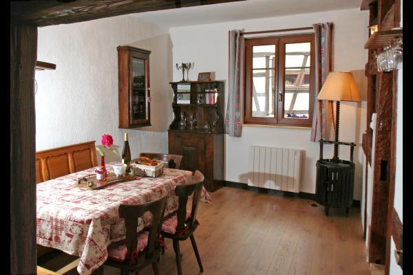 La pièce de vie - Location de vacances - Eguisheim