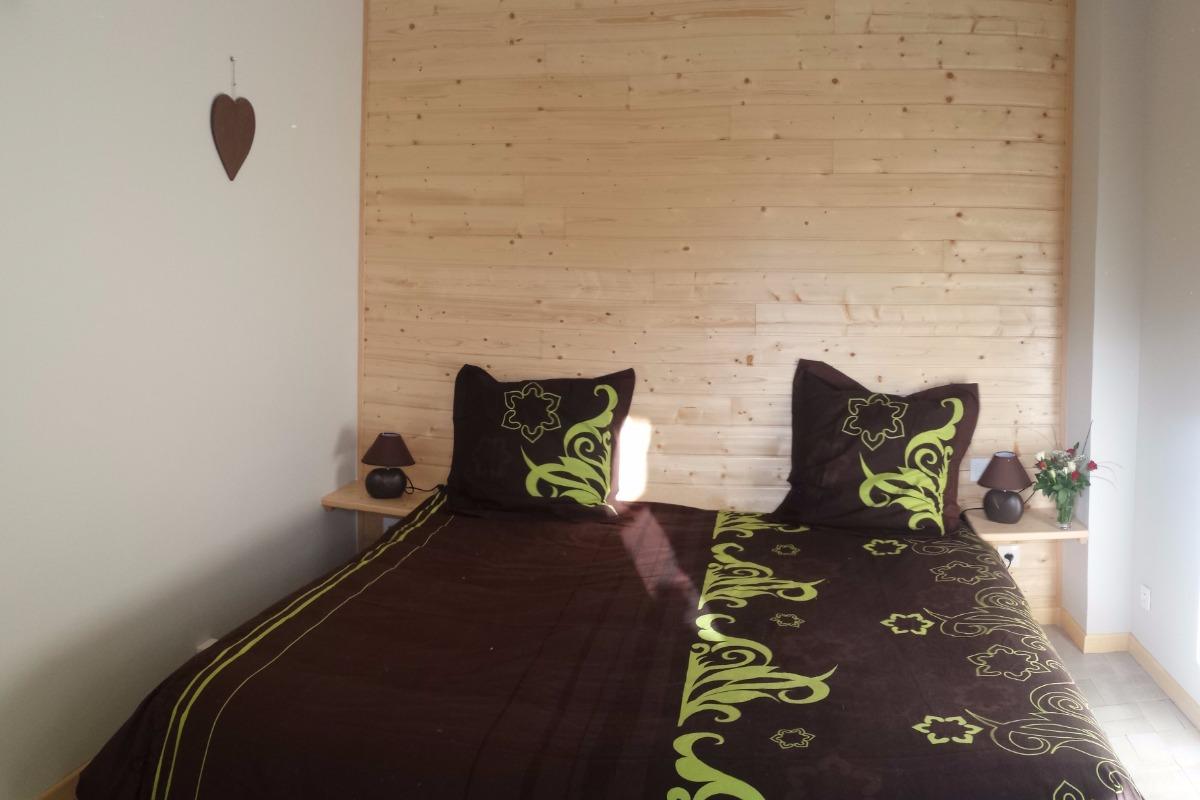 chambre 2, lit 160x200 cm