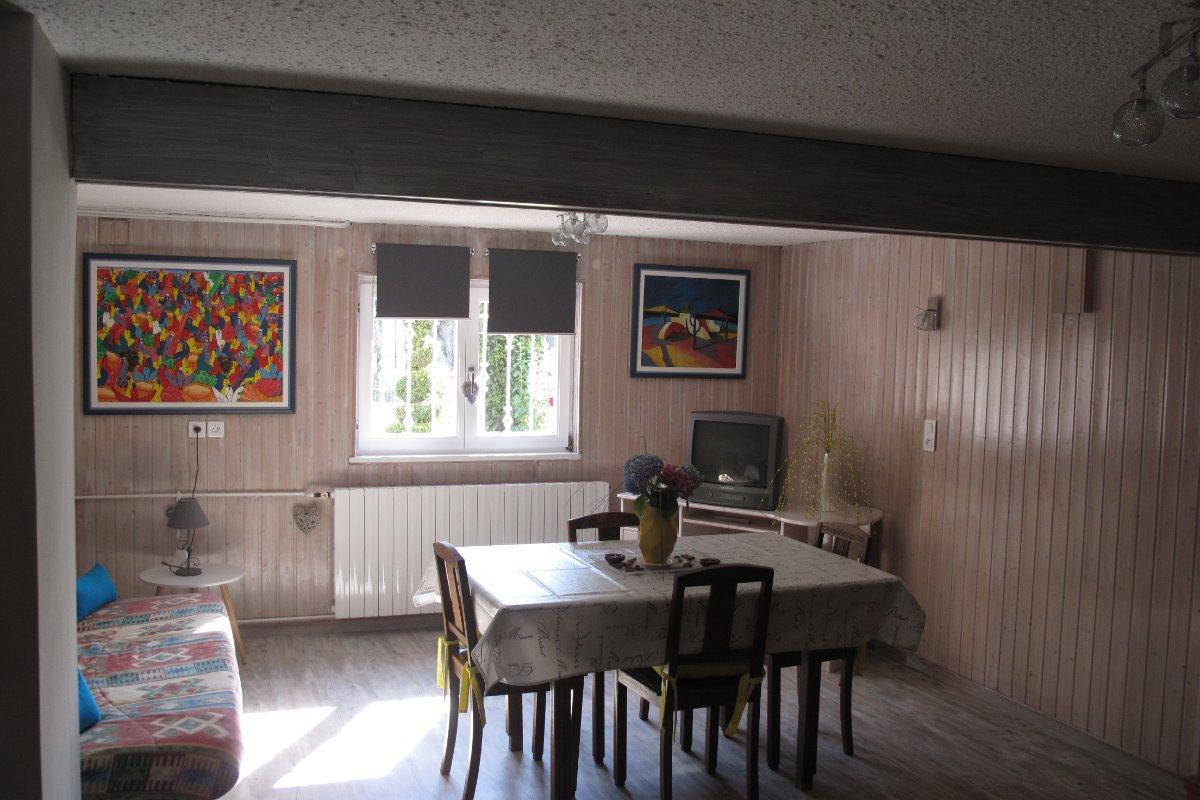 La partie salon - Location de vacances - Gunsbach