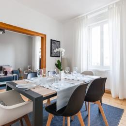 séjour ouvert sur salon - Location de vacances - Colmar
