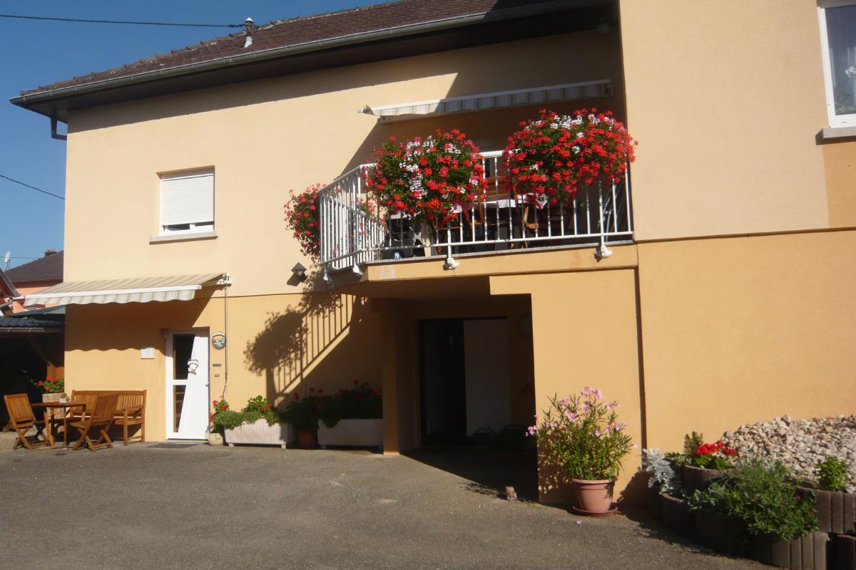 Chambre d 39 h tes jonquille situ westhalten sur la route des vins et non loin de colmar et des - Chambre d hote route des vins bourgogne ...
