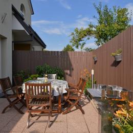 Votre espace extérieur avec barbecue - Location de vacances - Logelheim