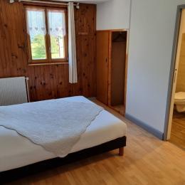 lit double 160x200 - Chambre d'hôtes - Sondernach