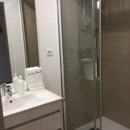 grande douche douche 120x80 - Chambre d'hôtes - Sondernach