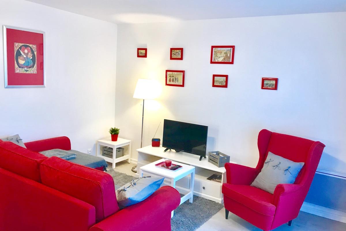 Coin salle à manger ouvert sur le séjour - Location de vacances - Colmar