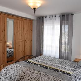 chambre 1 lit king size 180X200 - Location de vacances - Kaysersberg