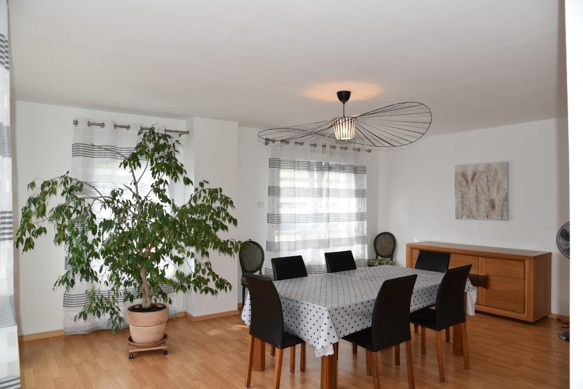 Terrasse avec vue sur la vallée et les montagnes - Location de vacances - Kaysersberg