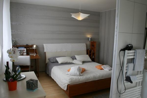 DETENTE confortable pour un séjour d'une nuit ou plus - Chambre d'hôtes - Décines-Charpieu