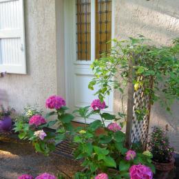 Entrée Chambre les Iris - Chambre d'hôtes - Saint-Jean-des-Vignes