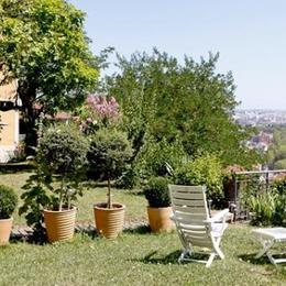 côté jardin lit double - Location de vacances - Lyon