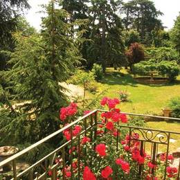 coin toilette avec WC et douche - Location de vacances - Chaponost