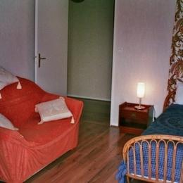 chambre 2 - Location de vacances - Saint-Genis-Laval