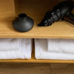 Serviettes de bain, de toilette et sèche cheveux - Location de vacances - Lyon