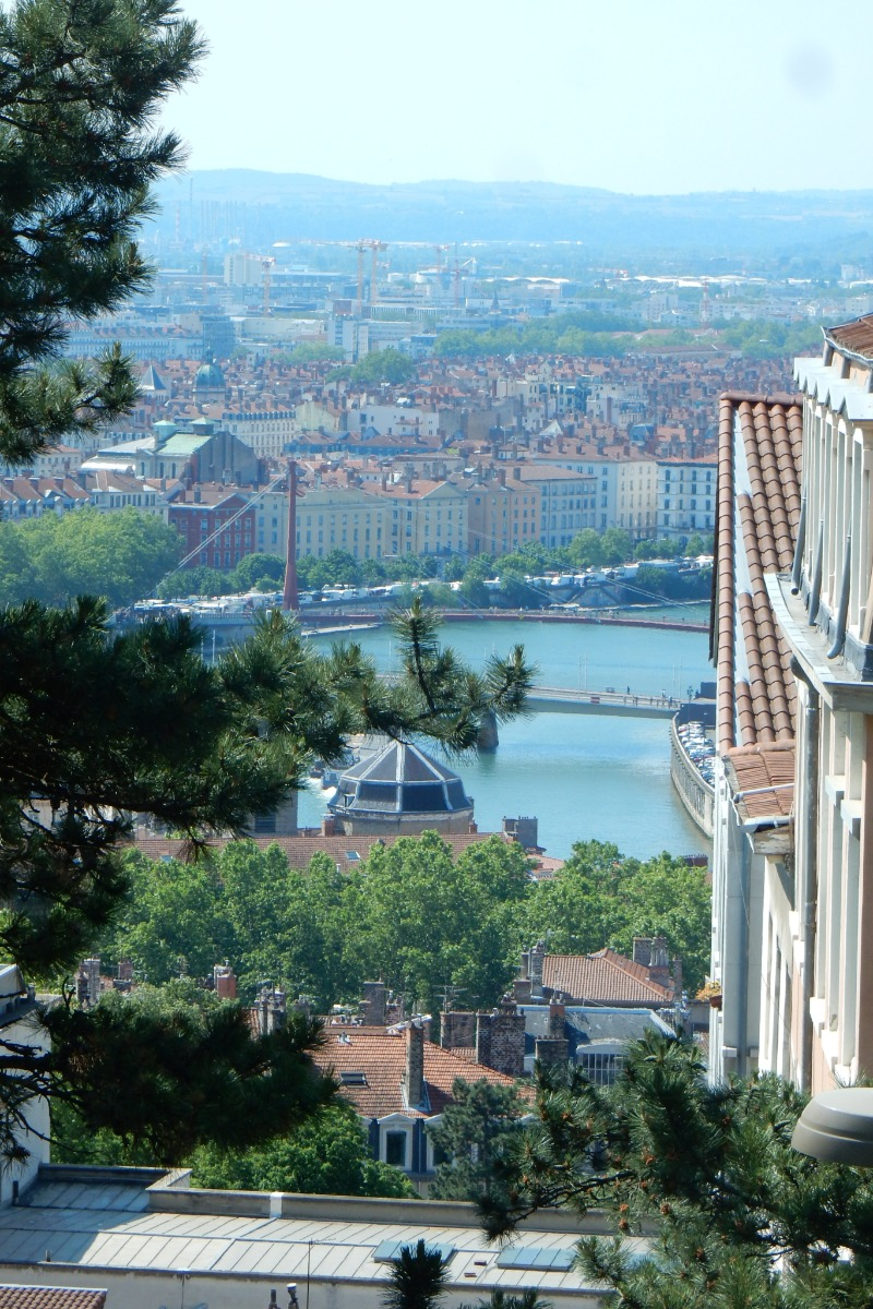 Vue de Lyon - Location de vacances - Jons