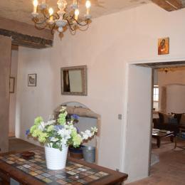 déjeuner au soleil - Location de vacances - Poule-les-Écharmeaux