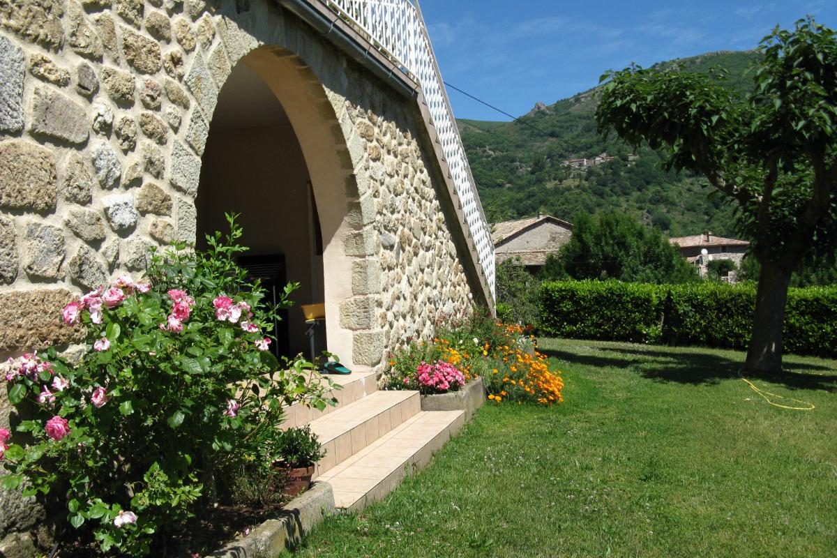 chambre avec 2 lits en 90 - Location de vacances - Meyras