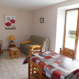 chambre avec lit en 140 - Location de vacances - Meyras